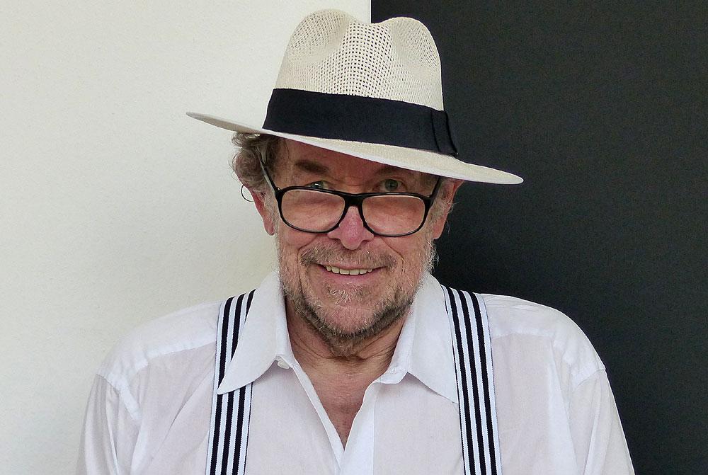 Porträt des Künstlers Volker Kühn