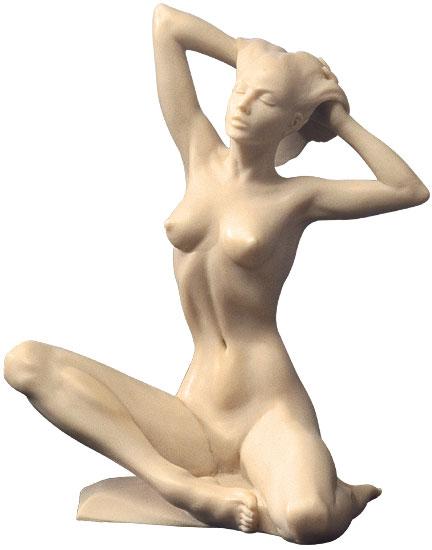"Skulptur ""Sitzender Akt"", Version in Kunstmarmor"