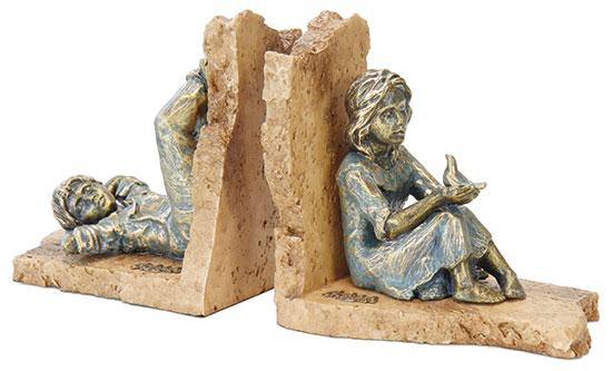 """Skulpturenpaar / Buchstützen """"Junge und Mädchen"""", Kunstguss Steinoptik"""