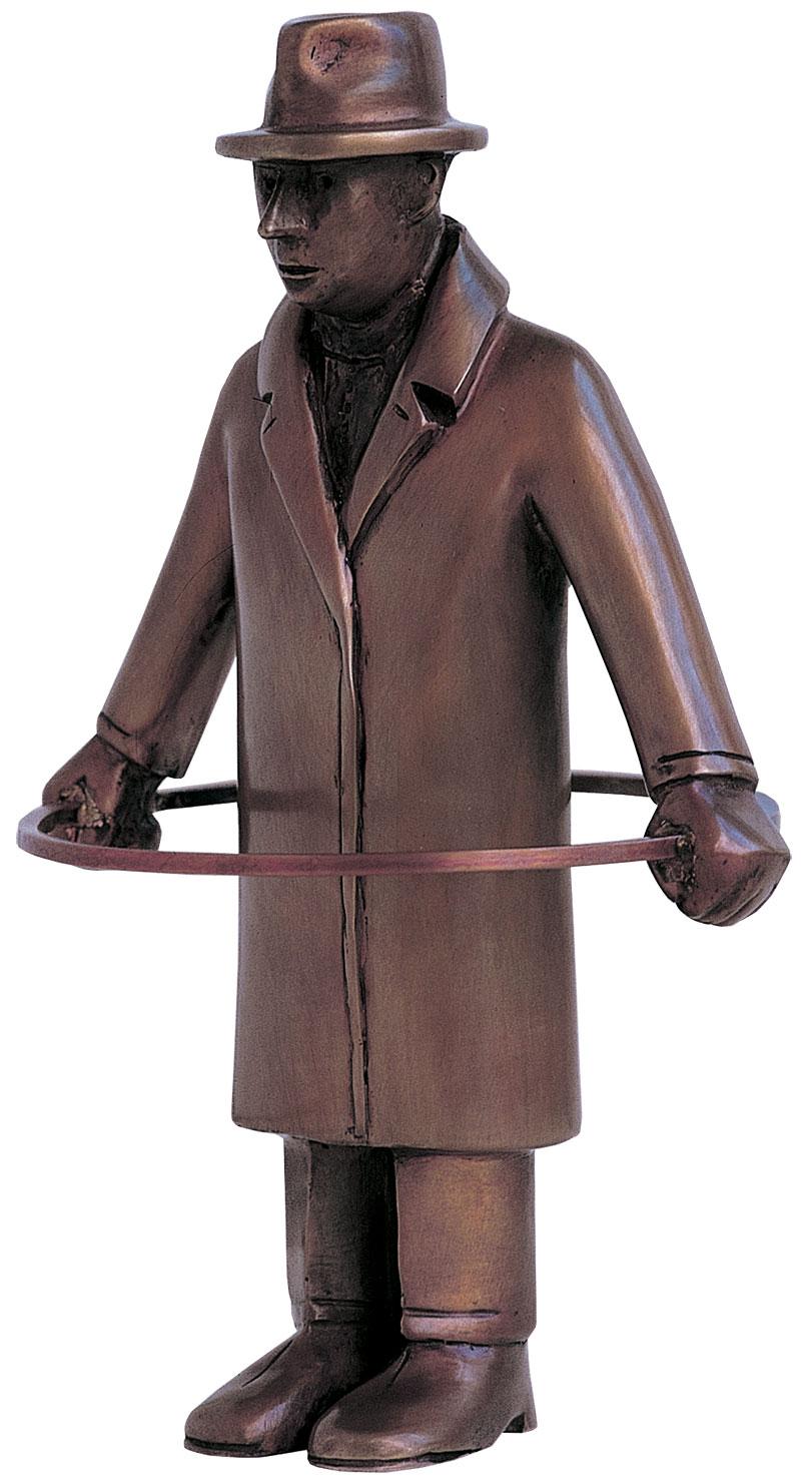 "Skulptur ""Mann mit Reifen - Noli me tangere!"", Kunstguss"