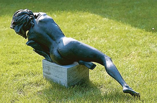"Gartenskulptur ""Venera Nera"", Kunstguss"