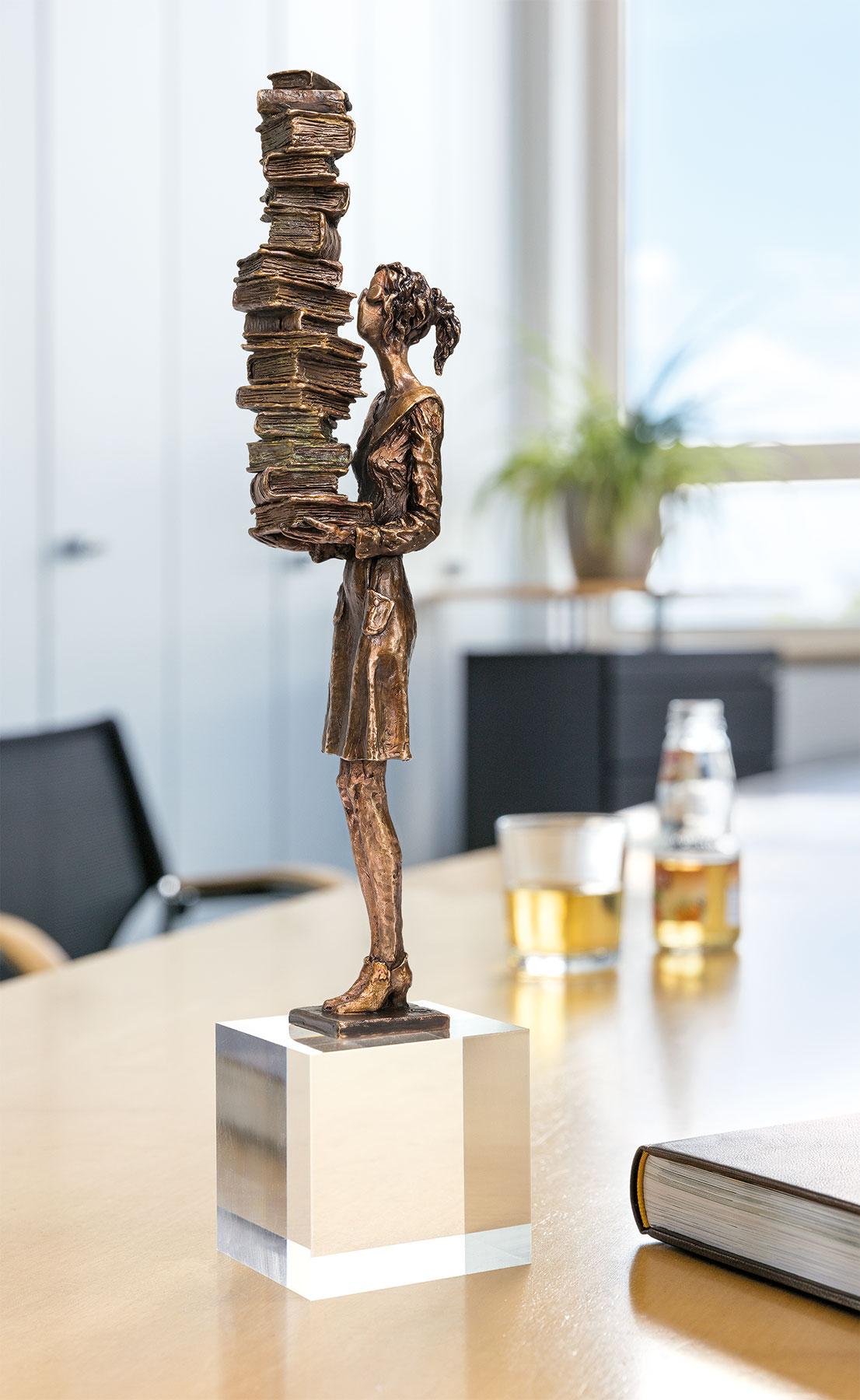 """Skulptur """"Bilanz einer Buchhalterin"""", Bronze"""