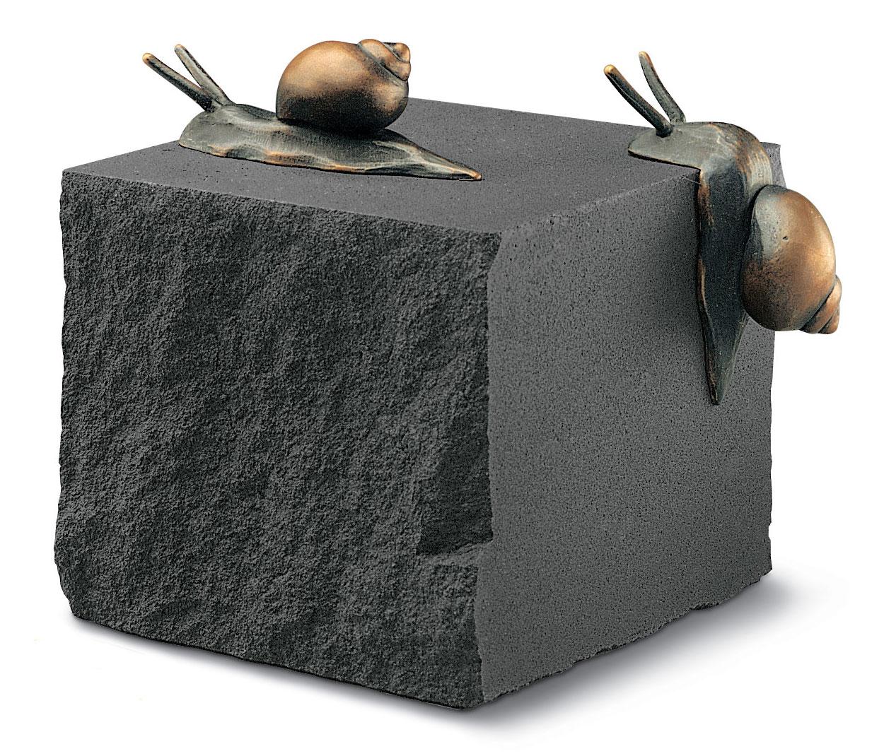 """""""Der Schneckenstein"""", Bronze auf Stein"""