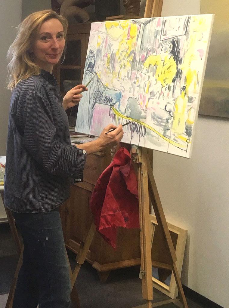 Die deutsche Malerin Anke Gruss bei der Arbeit