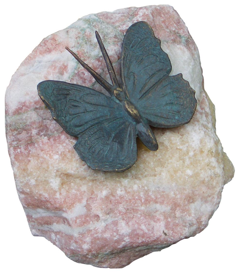 """Gartenskulptur """"Schmetterling, Flügel geöffnet"""", Bronze auf Stein"""