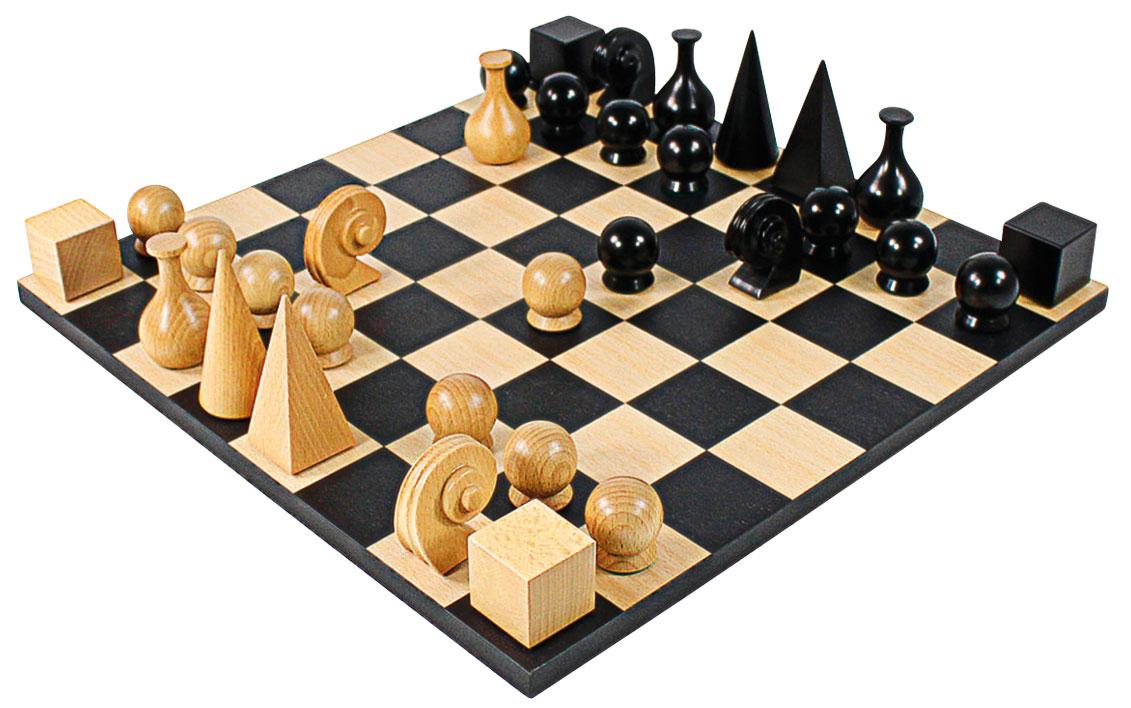 Schachbrett (ohne Figuren)