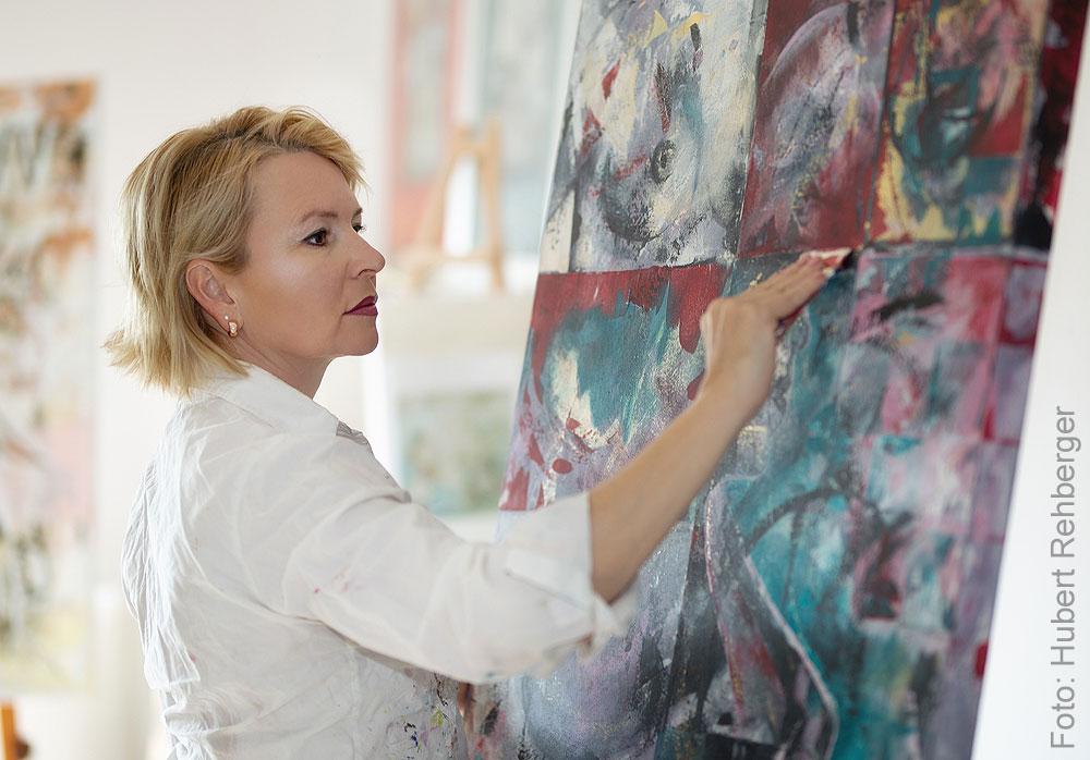 Porträt der Künstlerin Sabine Türk