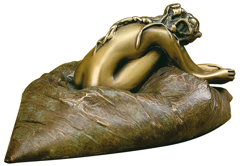 """Skulptur """"Auf dem Kissen"""", Bronze"""