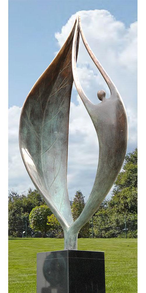 """Gartenskulptur """"Ein neuer Anfang"""" (ohne Säule), Bronze"""
