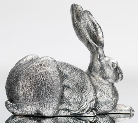 "Skulptur ""Dürer-Hase"", Version Bronze versilbert"