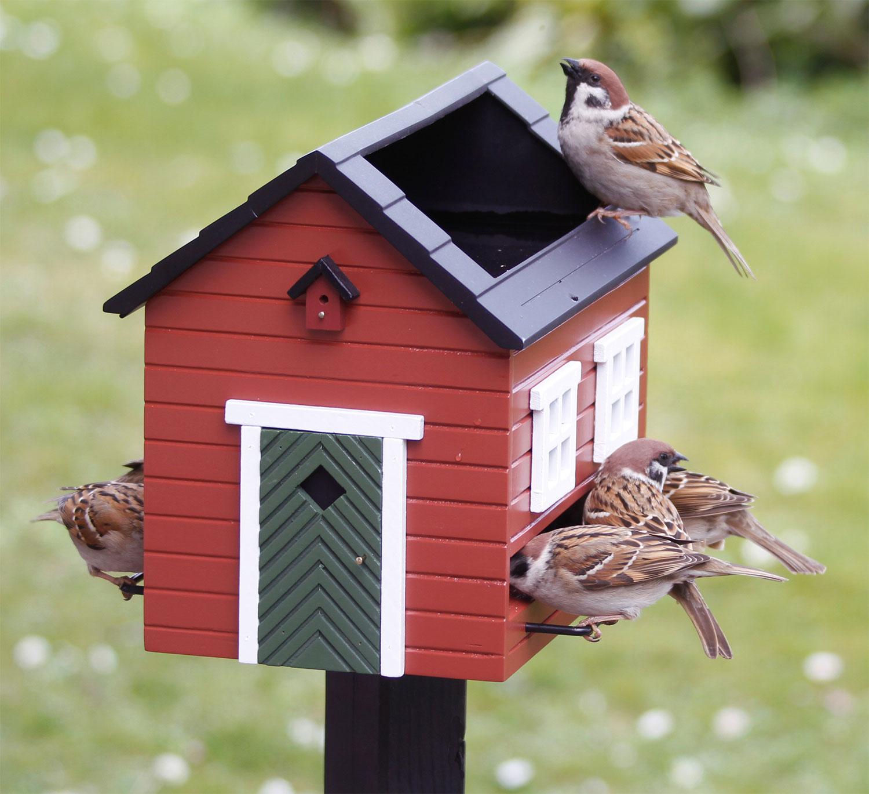 "Futterspender / Vogelbad ""Rotes Haus"""