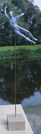 """Gartenfigur """"Der Frohsinn"""" mit Muschelkalksockel"""