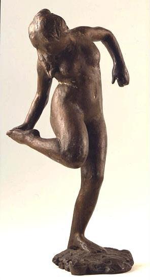 "Skulptur ""Tänzerin, den rechten Schuh anziehend"", Bronze"