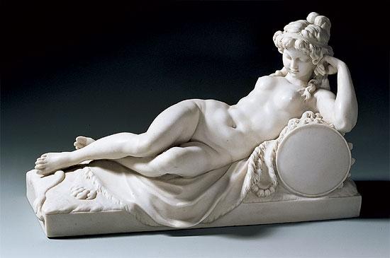 """Skulptur """"Ruhendes Mädchen"""", Kunstguss"""