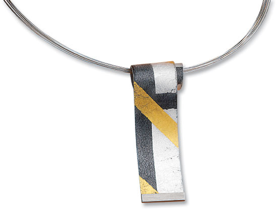 """Collier """"Black and Gold"""""""