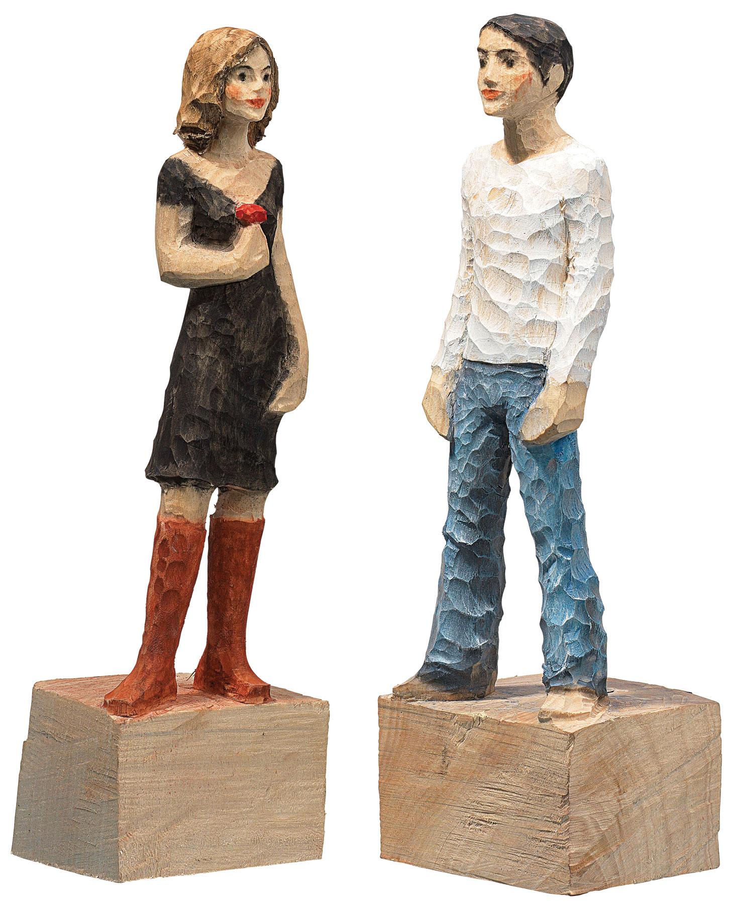 """Skulpturenpaar """"Frau"""" + """"Mann"""" im Set, Kunstguss Holzfinish"""