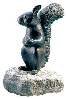 """Gartenskulptur """"Eichhörnchen"""", Kupfer auf Stein"""