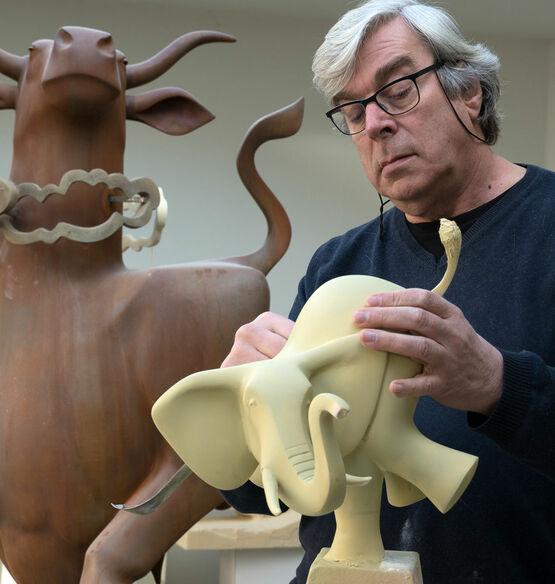 Der niederländische Bildhauer Evert den Hartog
