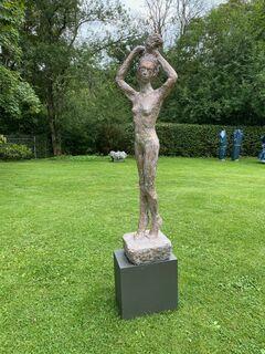 """Skulptur """"Pina-Leben"""" (2019), Bronze"""