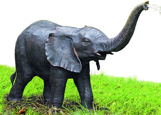 """Gartenskulptur / Wasserspeier """"Elefant"""", Bronze"""