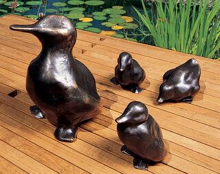 """Skulpturengruppe """"Entenfamilie"""", Bronze"""