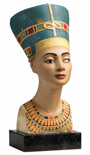 Büste der Königin Nofretete (Reduktion), Kunstguss handbemalt