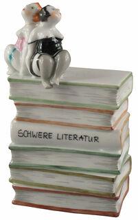 """Skulptur """"Schwere Literatur"""", Porzellan"""