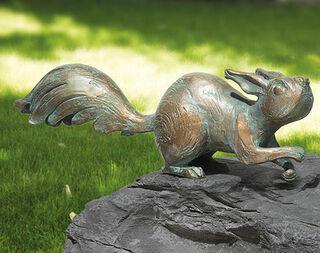 """Gartenskulptur """"Eichhörnchen auf der Hut"""", Bronze"""