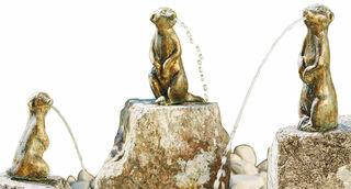 """3 Gartenskulpturen / Wasserspeier """"Erdmännchen"""" (ohne Sockel) im Set, Bronze"""
