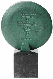 """Skulptur """"Himmelsscheibe von Nebra"""" (Reduktion)"""