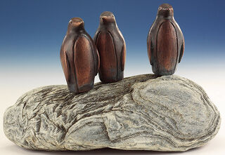"""Gartenskulptur """"Pinguin-Kolonie"""", Kupfer auf Stein"""