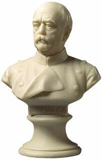 """Porträtbüste """"Otto von Bismarck"""" (1897), Kunstmarmor"""