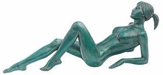 """Skulptur """"Die Liegende"""", Version Bronze grün"""
