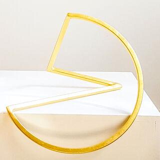 "Skulptur ""Schleife 35 - Gold Edition"" (2015)"