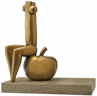 """Skulptur """"Eva auf Apfel"""", Version in Bronze"""