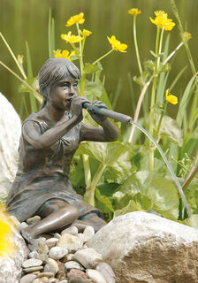 "Gartenskulptur / Wasserspeier ""Flötenspielerin"", Bronze"