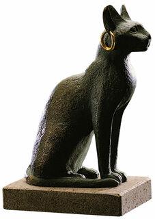 Bastet-Katze mit Ohrring